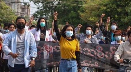 Οι δυνάμεις ασφαλείας άνοιξαν πυρ εναντίον διαδήλωσης υγειονομικών στη Μάνταλεϊ