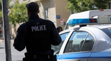 Συνελήφθη άνδρας για ένοπλες ληστείες σε καταστήματα