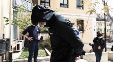 Ελεύθερος με περιοριστικούς όρους ο άνδρας που κατηγορείται για επίθεση με καυστικό υγρό σε 25χρονη