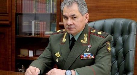 Ο Ρώσος υπουργός Άμυνας επιβλέπει τα στρατιωτικά γυμνάσια στην Κριμαία