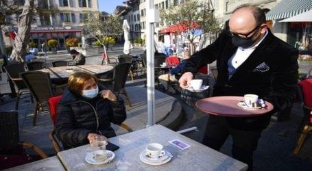 Ανοίγουν και πάλι οι εξωτερικοί χώροι των εστιατορίων