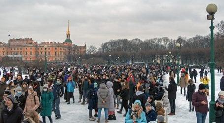 Η Ρωσία απαγόρευσε την είσοδο για 40 χρόνια σε 122 ξένους πολίτες που συμμετείχαν σε διαδηλώσεις διαμαρτυρίας