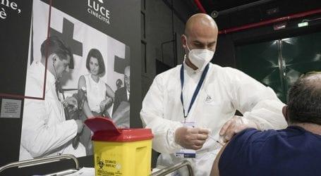 Ο δείκτης μετάδοσης του κορωνοϊού μειώνεται στην Ιταλία