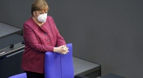 Η καγκελάριος Μέρκελ καλεί τους Γερμανούς να τηρούν τα μέτρα κατά της Covid-19