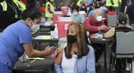 Χορηγήθηκαν συνολικά 228,7 εκατ. δόσεις εμβολίων