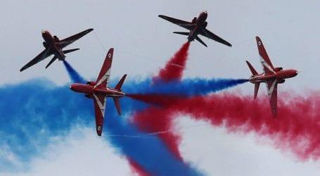 Η φημισμένη βρετανική ομάδα«RED ARROWS» στην αεροπορική βάση της Τανάγρας