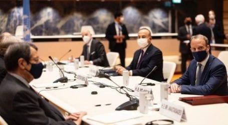 Η Βρετανία θα συνεχίσει να εργάζεται για μια δίκαιη διευθέτηση του Κυπριακού