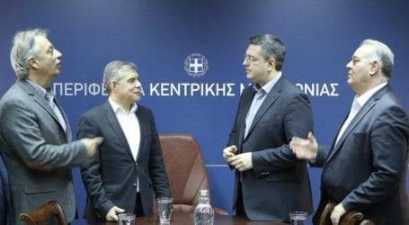 Η επιστολή Αγοραστού, Τζιτζικώστα και Κασαπίδη στον Πρωθυπουργό: Ζητούν άμεση στήριξη αγροτών, επιχειρήσεων και εργαζομένων στον αγροδιατροφικό τομέα
