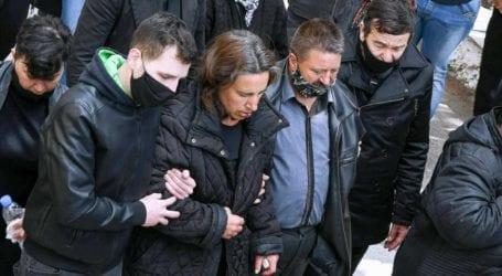 Έκκληση για τη στήριξη των χαροκαμένων γονιών του διπλού φονικού στη Μακρινίτσα από τους υπαλλήλους του Αχιλλοπούλειου