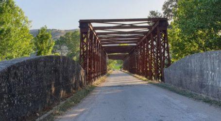 Αυτή είναι η γέφυρα που ένωνε τη Λάρισα με τα Τρίκαλα μέχρι πριν λίγα χρόνια (φώτο)