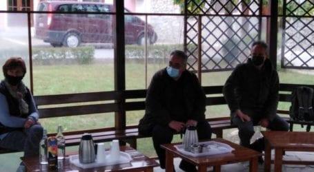 Συνάντησηαντιπροσωπείαςτης ΚομματικήςΟργάνωσης Λάρισας με επικεφαλής τονΓ. Λαμπρούλημε το ΚΕΘΕΑΛάρισας