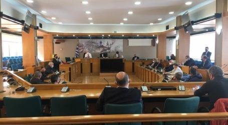 """Σε σύσκεψη στη Λάρισα ο πρόεδρος του ΕΛΓΑ: Έτσι θα αποζημιωθούν οι πληγέντες από τον παγετό – Γρήγορη καταγραφή των ζημιών και το """"κλειδί"""" η πρόληψη ( φωτο – βίντεο)"""