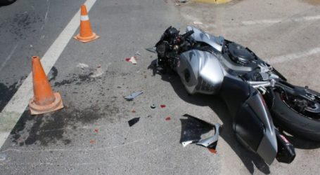 Σοβαρό τροχαίο ατύχημα στον Αλμυρό – Τραυματίας ο οδηγός που δε φορούσε κράνος