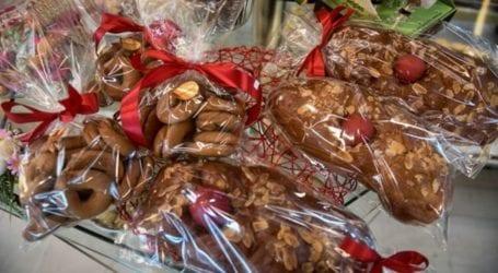 Δείτε πώς κινούνται οι τιμές για τσουρέκια και πασχαλινά γλυκίσματα φέτος το Πάσχα στη Λάρισα