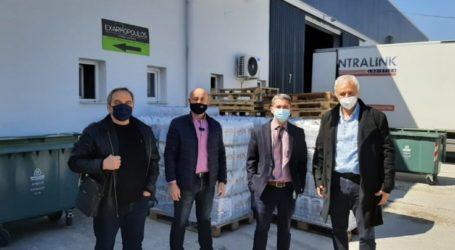 Σημαντική προσφορά νερών, μασκών και αντισηπτικών στο Κοινωνικό Παντοπωλείου δήμου Λαρισαίων