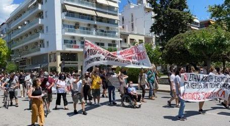 Βόλος: Βροντερό «όχι» στην καύση απορριμμάτων – Δείτε εικόνες από το συλλαλητήριο