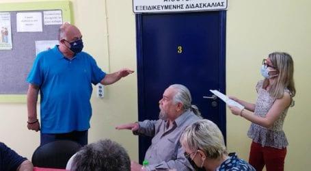 Με τους «Μάγνητες Τυφλούς» συναντήθηκε ο Αχιλλέας Μπέος