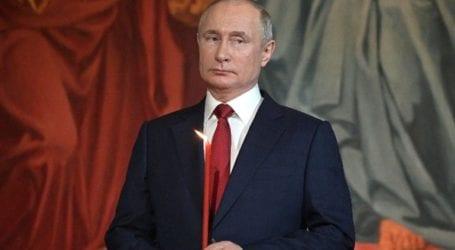 Πανηγυρικά και με ήπια υγειονομικά μέτρα γιορτάζουν το Πάσχα στη Ρωσία