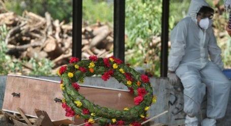 Ινδία: Σχεδόν 370.000 κρούσματα – 3.417 θάνατοι από COVID-19 σε 24 ώρες