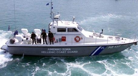 Ακυβέρνητο πλοίο με 170 μετανάστες στην περιοχή του Ταινάρου