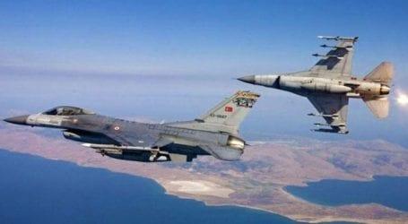 Πτήση ζεύγους τουρκικών F-16 πάνω από τις Οινούσες και την Παναγιά στα 22.000 πόδια