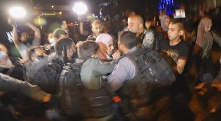 17 τραυματίες στις συγκρούσεις μεταξύ Παλαιστίνιων και Ισραηλινών αστυνομικών στην Ιερουσαλήμ