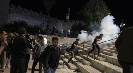 Περισσότεροι από 180 τραυματίες από τις συγκρούσεις στην Πλατεία των Τεμενών