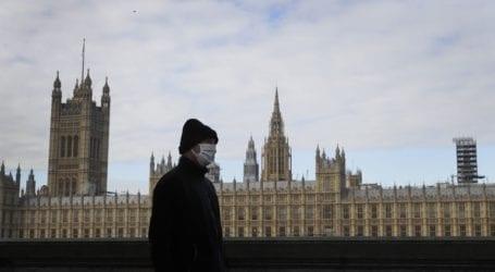 «Ο κορωνοϊός δεν θα κυκλοφορεί στη Βρετανία έως τον Αύγουστο»