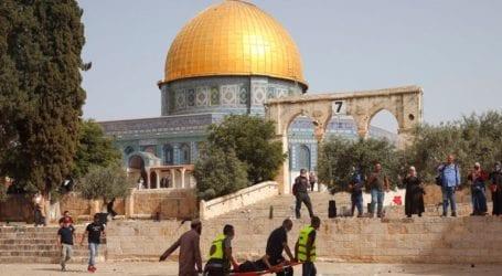 Νέες συγκρούσεις στην Ιερουσαλήμ με εκατοντάδες τραυματίες