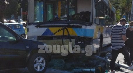 «Τρελή πορεία» λεωφορείου στη λεωφόρο Αθηνών