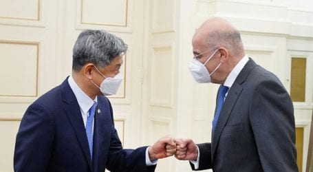 Συνάντηση Δένδια με τον απερχόμενο πρέσβη της Δημοκρατίας της Κορέας