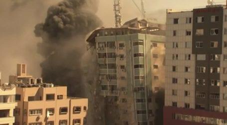 Το κτήριο που στεγάζονται το Associated Press και το Al Jazeera κατέρρευσε έπειτα από βομβαρδισμό