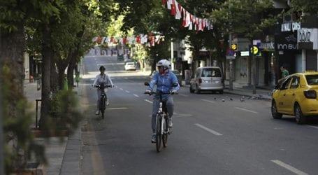 Η Τουρκία χαλαρώνει τα περιοριστικά μέτρα που ισχύουν στη διάρκεια της ημέρας