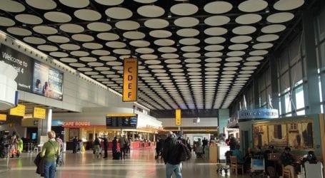 Ο επικεφαλής του αεροδρομίου Χίθροου ζητεί να μπει η Ελλάδα στην «πράσινη λίστα»