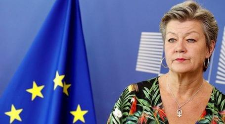 Να υπάρξουν νόμιμες οδοί για τη μετάβαση ανθρώπων στην Ευρώπη