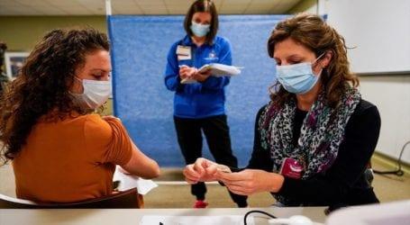 Αναφορές για καρδιακά προβλήματα σε νέους που εμβολιάστηκαν κατά της Covid-19
