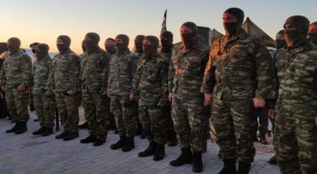 Η μαντινάδα αλεξιπτωτιστή της 1ης ΜΑΛ σε πρώην στρατηγό που προκάλεσε συγκίνηση