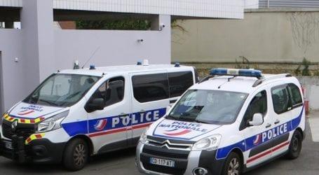 Μια δημοτική αστυνομικός τραυματίστηκε σοβαρά σε επίθεση με μαχαίρι