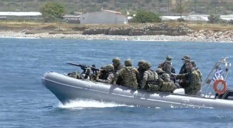 Εντυπωσιακές εικόνες από στρατιωτικές ασκήσεις στο Αιγαίο