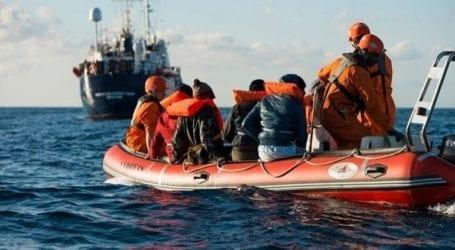 Περισσότερες από 400 αφίξεις μεταναστών και προσφύγων το τελευταίο 24ωρο στη Λαμπεντούζα