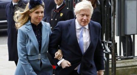 Ο Μπόρις Τζόνσον παντρεύτηκε τη μνηστή του σε μυστική τελετή