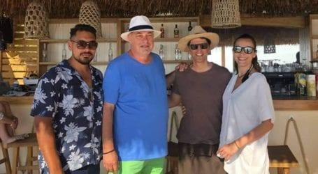 Στο La Isla του Ν. Μπέου ο Σάκης Ρουβάς και η Κάτια Ζυγούλη [εικόνες]