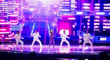 Eurovision 2021: Ο χορευτής της Stefania εξηγεί τι συνέβη on stage με το χαμένο γάντι