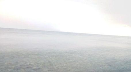 """""""Πισίνα"""" η θαλάσσα στον Αγιόκαμπο παρά την βροχή (φωτο)"""