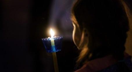 Δεν έρχεται τελικά το Άγιο Φως στη Λάρισα – Τοπικοί αξιωματούχοι περίμεναν να το υποδεχθούν στην 110 Π.Μ.