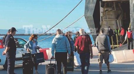 Όπου φύγει φύγει οι Βολιώτες – Αυξημένη η κίνηση στο λιμάνι [εικόνες και βίντεο]