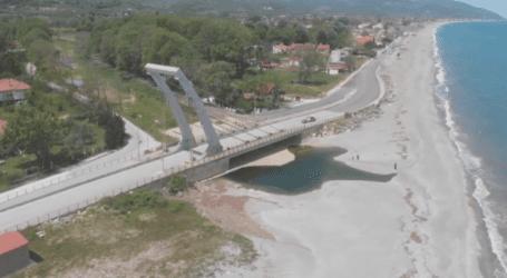 """Η πανοραμική άποψη της γέφυρας """"Καλατράβα"""" στον Αγιόκαμπο που ακόμα προσελκύει τα βλέμματα (βίντεο)"""