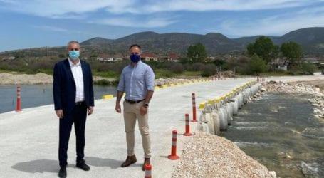 Σε χρόνο ρεκόρ η νέα ράμπα διέλευσης του Τιταρήσιου ποταμού – Διευκολύνεται η κυκλοφορία μεταξύ Μεσοχωρίου και Βλαχογιαννίου (φωτο)