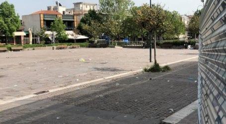 Λάρισα: Πάρταραν και άφησαν πίσω τους… συντρίμμια (φωτο)