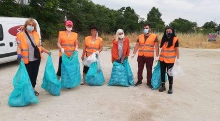 Μέλη και φίλοι της ΑΣΠΙΔΑ ΚοινΣΕπ. καθάρισαν την περιοχή γύρω από το Τελωνείο